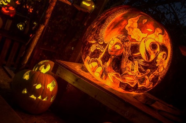 Ridiculously good looking jack o lanterns made using