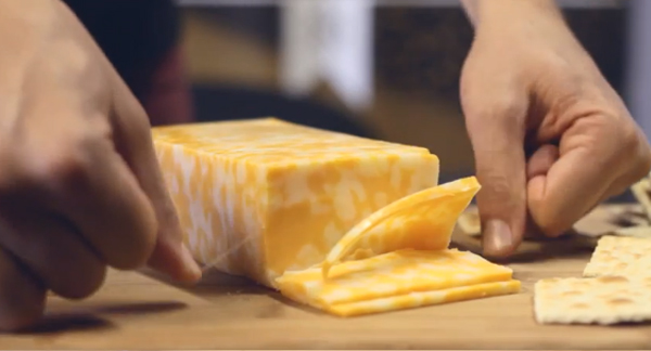 cutting-cheese-with-floss