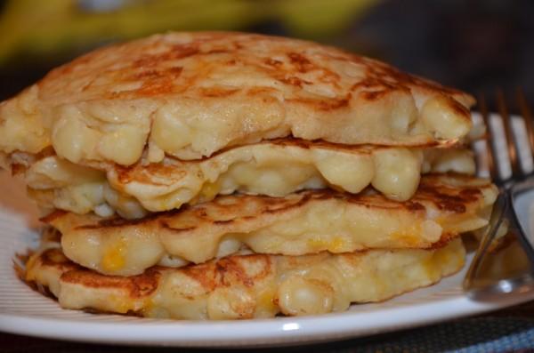 mac-and-cheese-pancakes