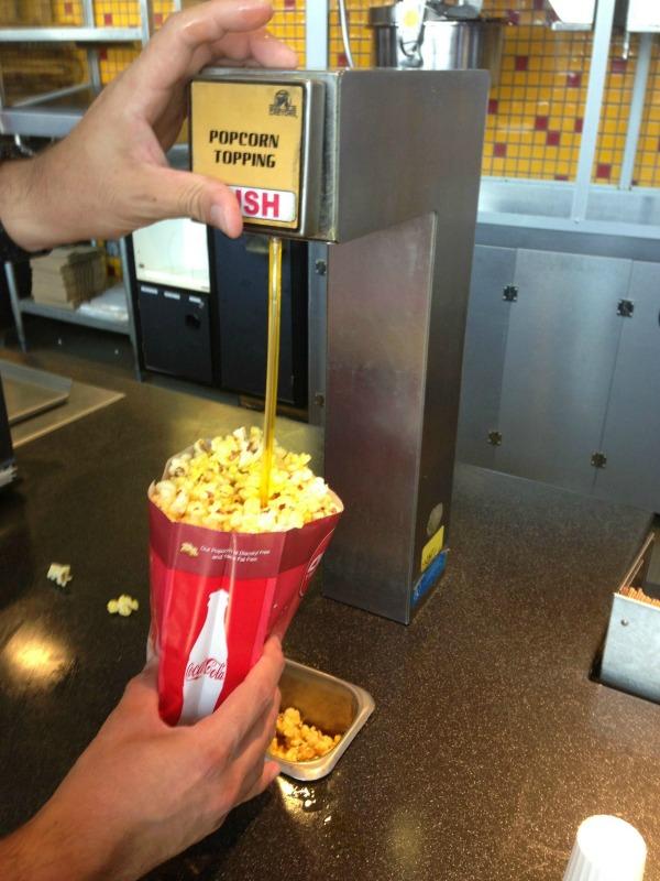 popcorn-straw-hack