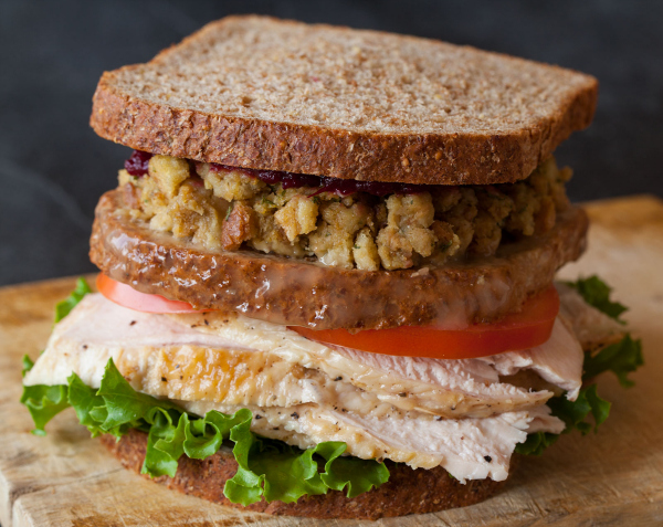 thanksgiving-turkey-sandwich_resize