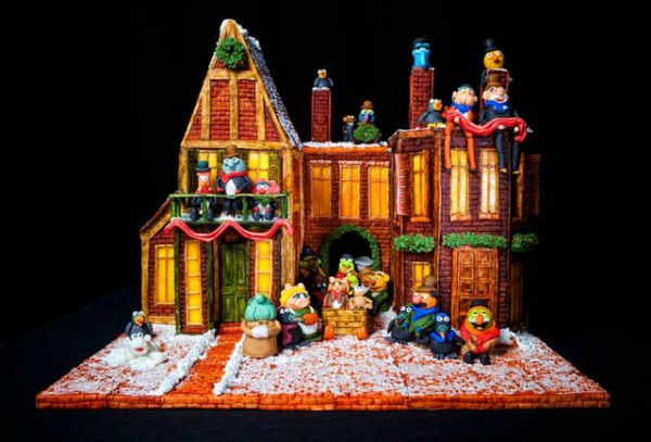 amazing-gingerbread-house-9