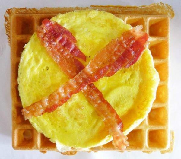 breakfast-waffle-sandwich