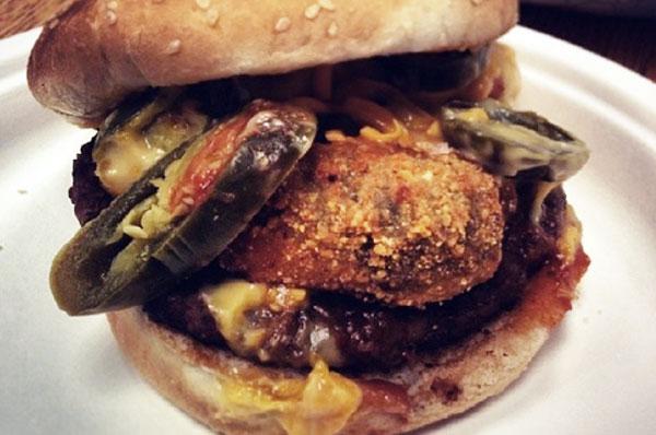 hella-peno-burger