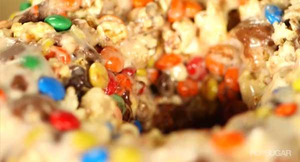 popcorn-cake-upclose-2