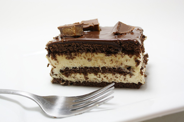 PB Eclair Cake
