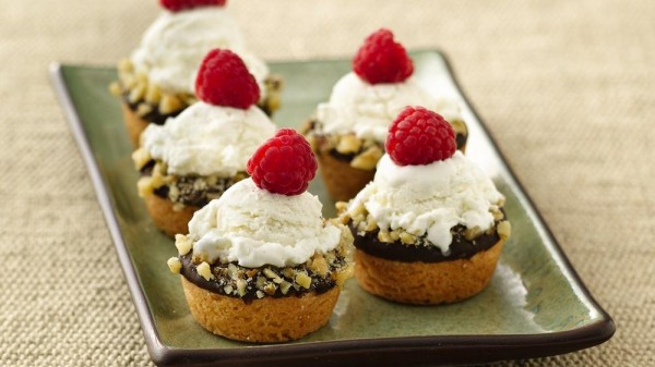 Mini Ice Cream Cookie Cups