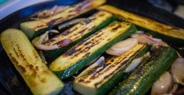 grilled-zucchini-delhi-dog