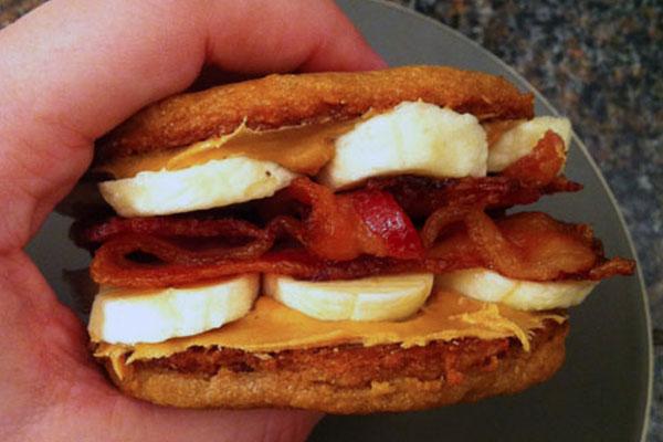 http://cdn.foodbeast.com.s3.amazonaws.com/content/wp-content/uploads/2011/05/elvis-cookie-sandwich.jpg