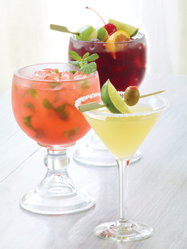 Applesbees Perfect Margarita - Strawberry Mojito - Red Apple Sangria Cocktail Drink