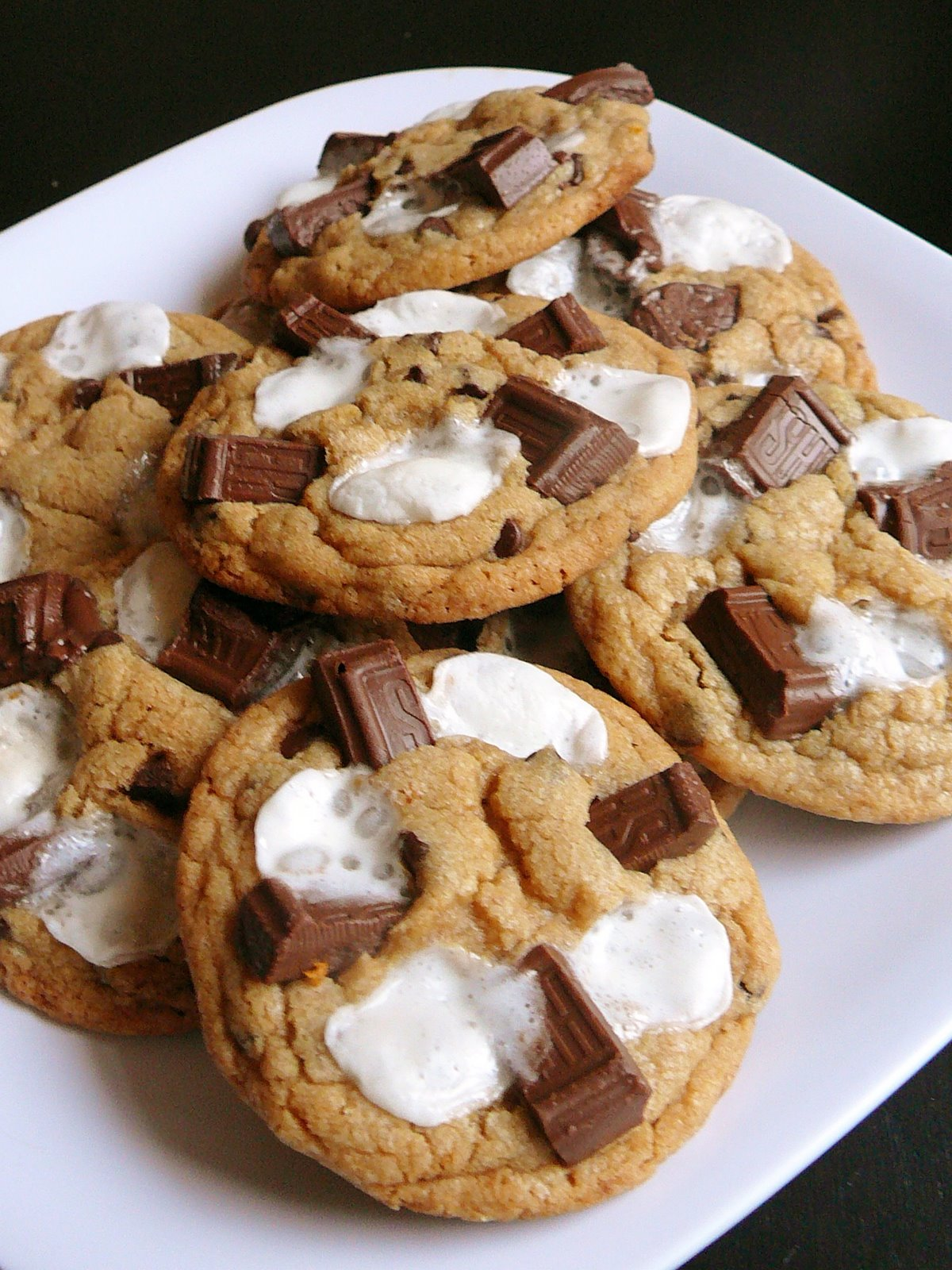Chocolate Cake S'mores Cookies Recipe — Dishmaps