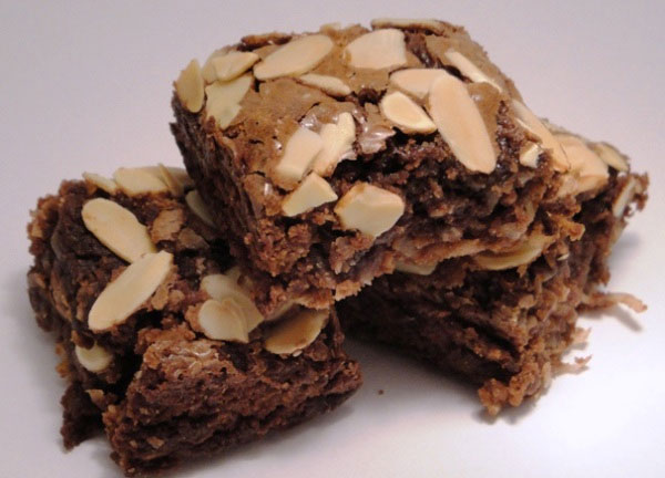 almond-joy-brownies
