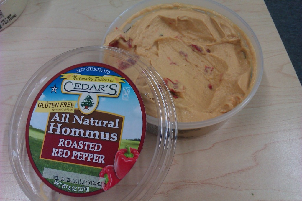 Cedar's Mediterranean Roasted Red Pepper Hommus Hummus