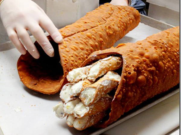 The Meta-Cannoli