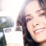 salma-hayek-for-milk