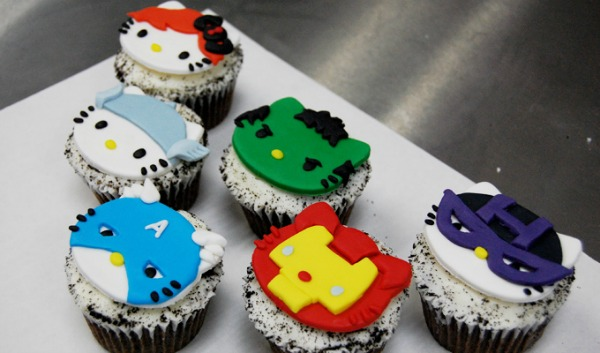 Marvels-The-Avengers-Hello-Kitty-Cupcakes