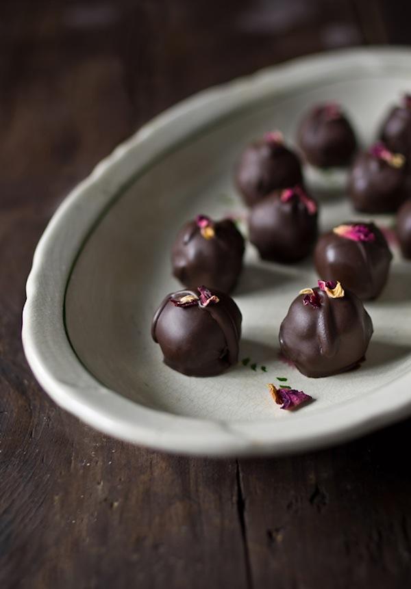 Chocolate-Hibiscus-Truffles