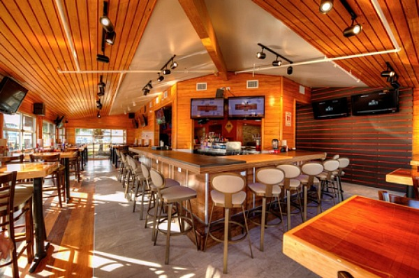 Hooters-new-look