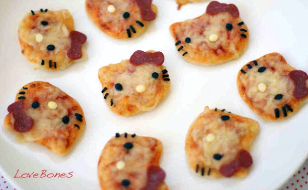hello-kitty-bagel-bites