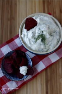 yogurt dip for beet chips7