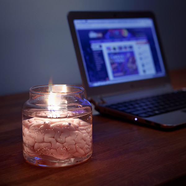 f225_brain_candle_ondesk