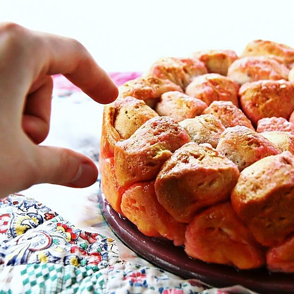 Marshmallow-Peeps-Monkey-Bread-5
