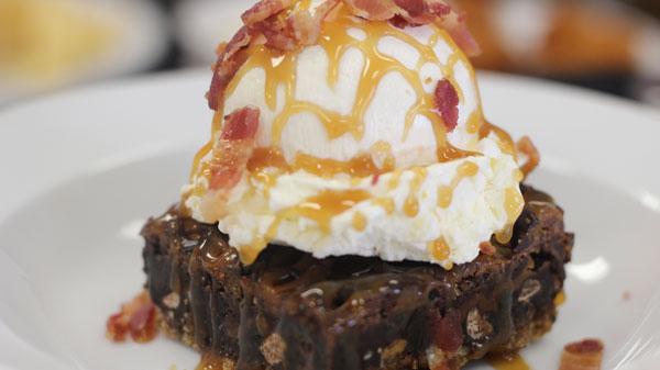 baconalia-bacon-brownie-salted