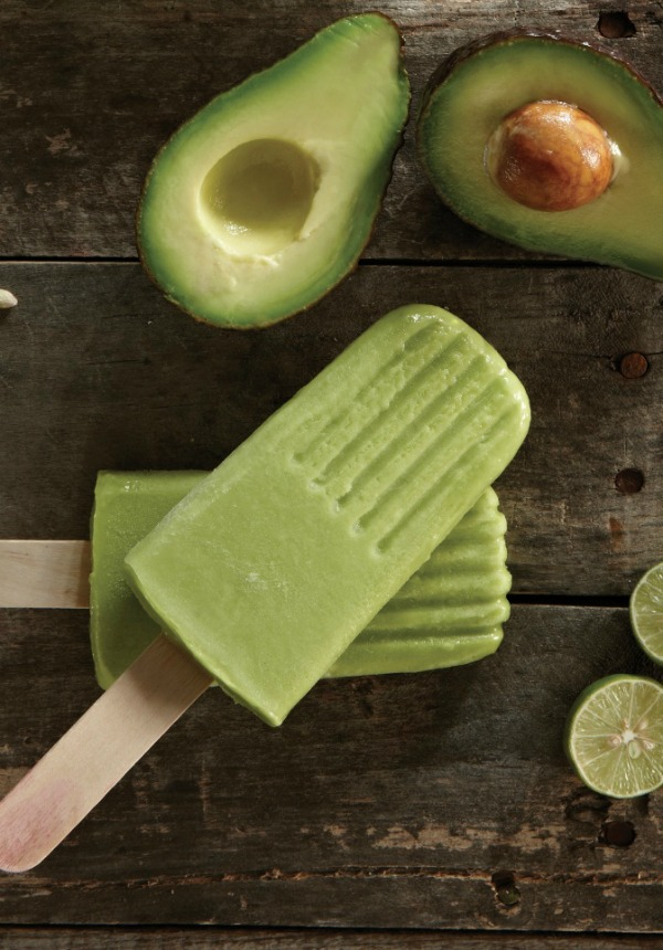 Here's How to Make Creamy Avocado Ice Pops