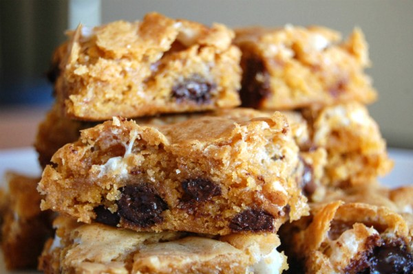 How to Make Butterscotch S'more Blondies