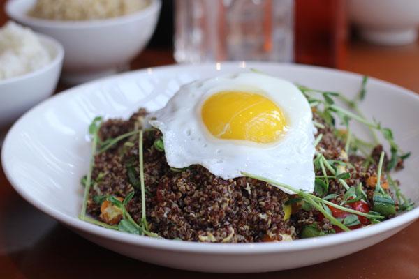 Quinoa-Salad-w-Egg