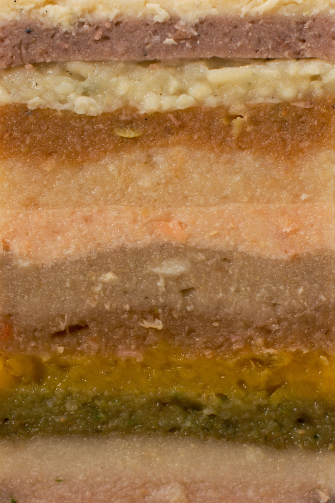 close-up-layers-12-course-can
