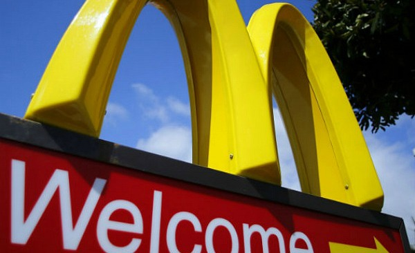 mcdonalds-sign-wage-protest