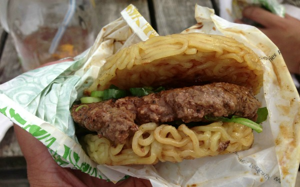 ramen-burger-la